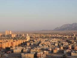 Yazd wächst immer weiter in die Wüste jinein.